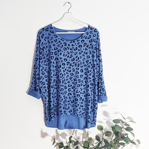 CASUAL LEOPARD PRINT TOP BLUE