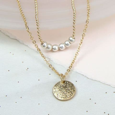 GOLD DOUBLE LAYER DISC & PEARL NECKLACE
