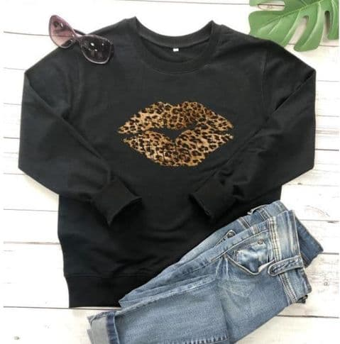 LEOPARD KISS SWEATSHIRT X LARGE (14-16) BLACK