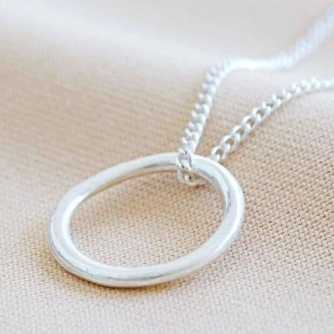 ORGANIC STYLE HOOP NECKLACE SILVER