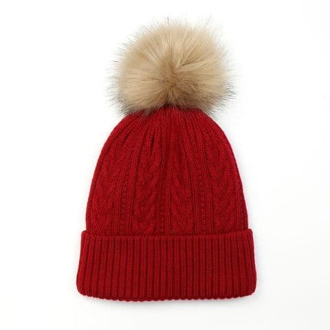 RED CABLE KNIT LINED HAT