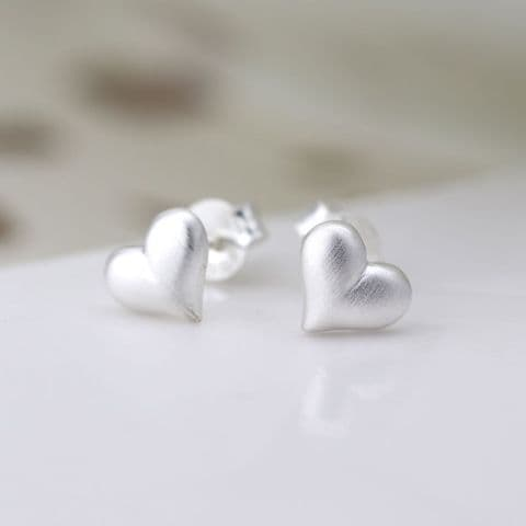 STERLING SILVER SCRATCHED HEART STUD EARRINGS