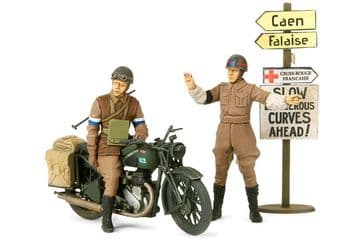 Tamiya 1/35 BSA M20 with Military Police