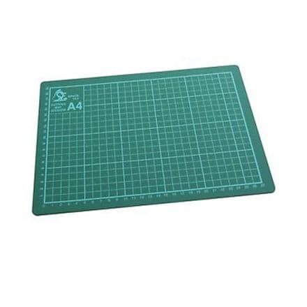 Space Fly A4 Cutting Mat