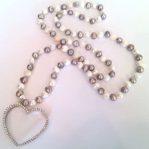32 inch pearl necklace with rhinestone heart pendant