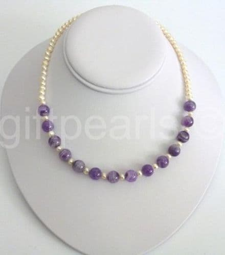 Pearl and amethyst necklace.
