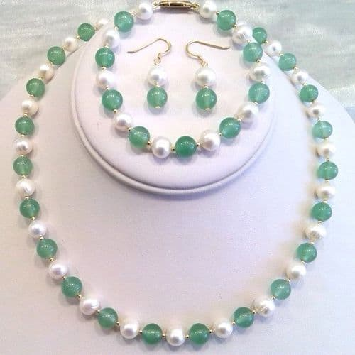 Pearl and Jade Set Complete